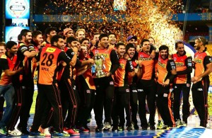 Sunrisers Hyderabad Beat Royal Challengers to Win IPL