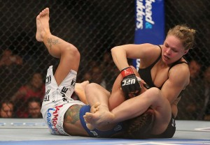 Ronda Rousey fights Liz Carmouche