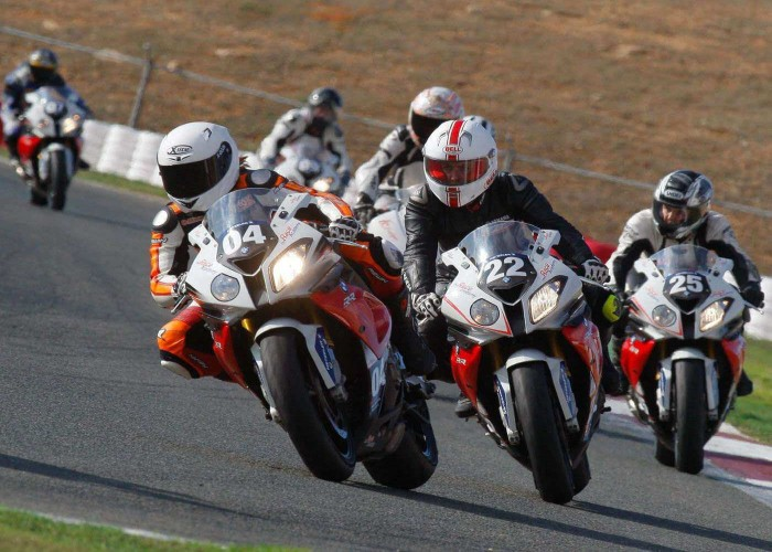 motorcycle road race