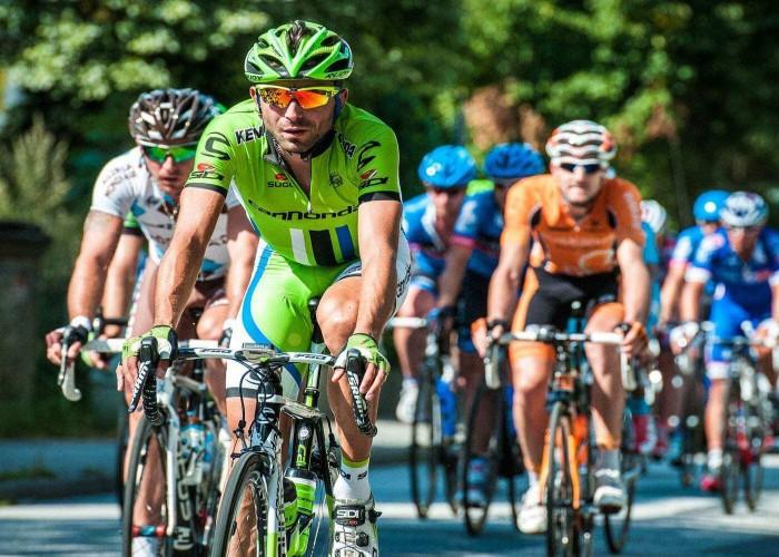 road racing cycling