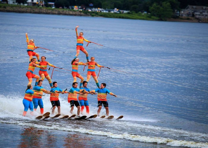 water skiing sport